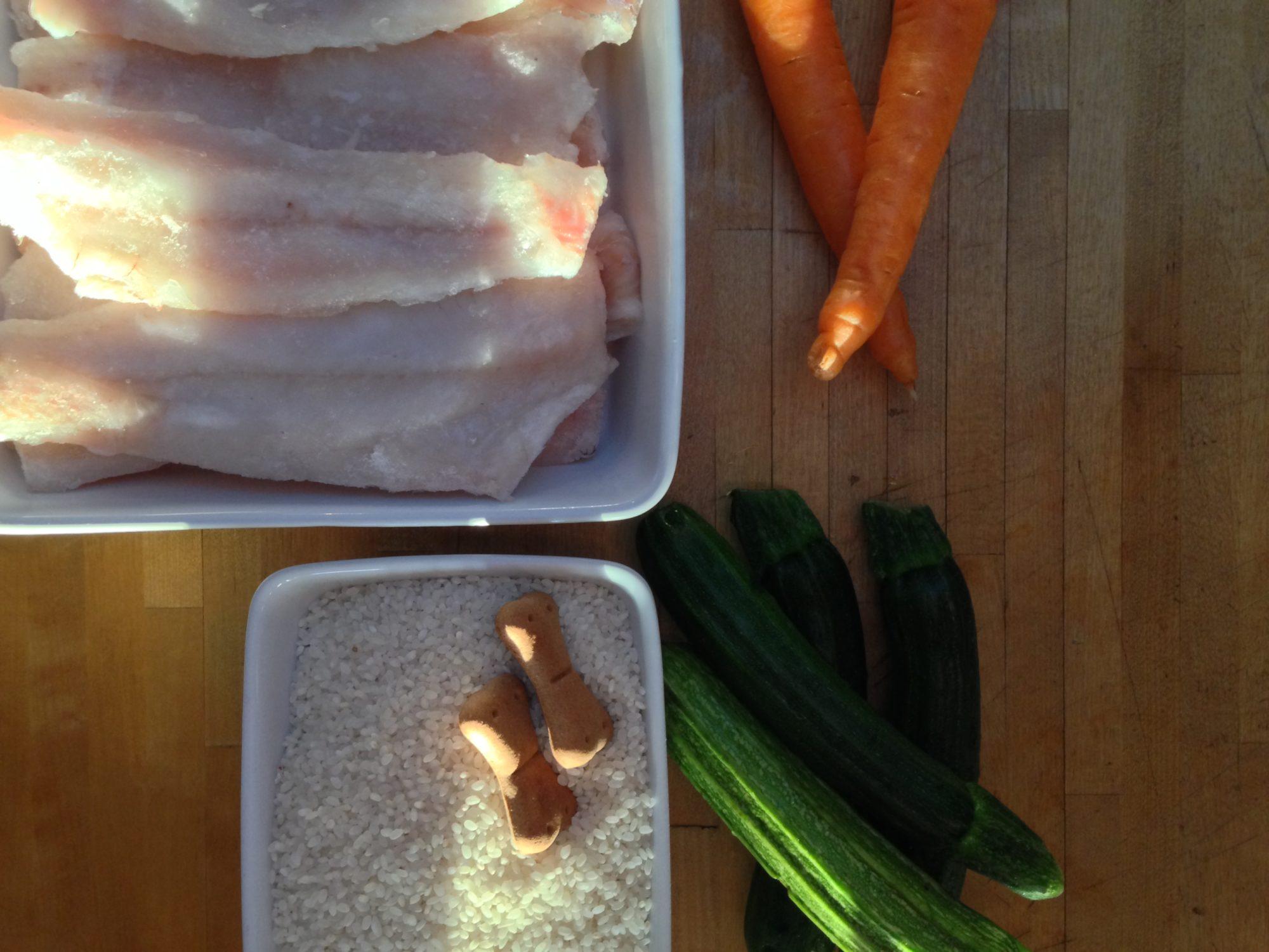 Risotto con filetto di merluzzo, carote e zucchine